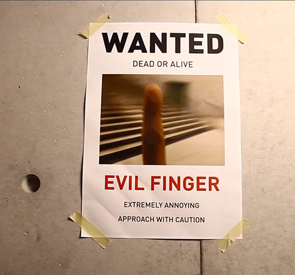 Evil_finger_2